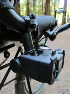 The mount for the handle bar bag