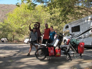 The 'other' Aussies - Joe & Brenna, famous on this stretch of road, for their home-made bucket panniers. We had been desperate to catch up with them and hope our paths cross again in South America.