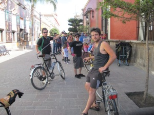 A day riding with the streets closed to cars, ending in the old centro of Tlaquepaque