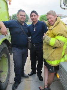 Hanging with the La Barca bomberos!
