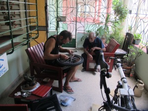 Rebuilding the bike in Havana with Felo's 'help'