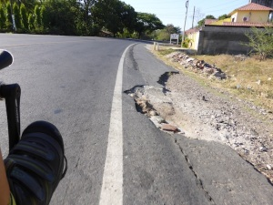 Road conditions in El Salvador