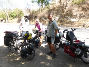 Meeting Birgit & Anders, 2 cyclists from Norway who have been on the road for 2 years. www.lynvingen.org