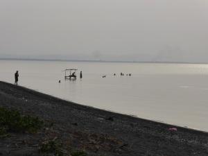 Bath time at Lake Nicaragua