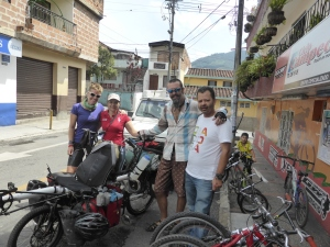 Leaving Medellin & saying goodbye to our familla de ciclistas; Manuel & Marta