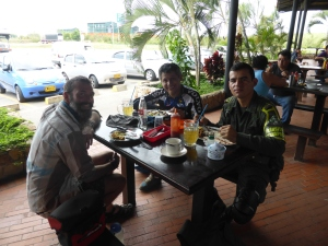 With Fabio the cyclist  and Wilmar the policeman. Thanks for lunch Wilmar!