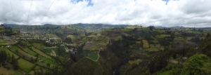 A day off in Ipiales, we rode to the beautiful church 'Las Lajas' which is situated in this valley. Can you see it?