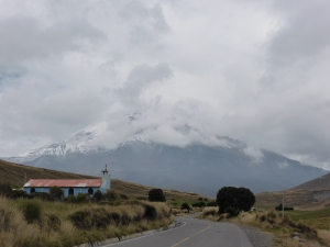 Another cheeky hiding Volcano - this one Chimborazo. Starting from over 4000m, with a height of over 6000m, it is apparently the highest mountain with the highest starting elevation in the world