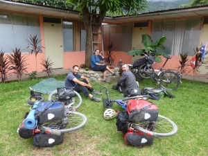 Meeting British Cyclists Claire and Adam in Quillabama - the Amazon route