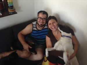 Anita y David, with their dogs Kokey & Yuhi