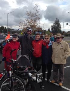 Bren's Mum Robyn, and Team Davis, Pete & Wen